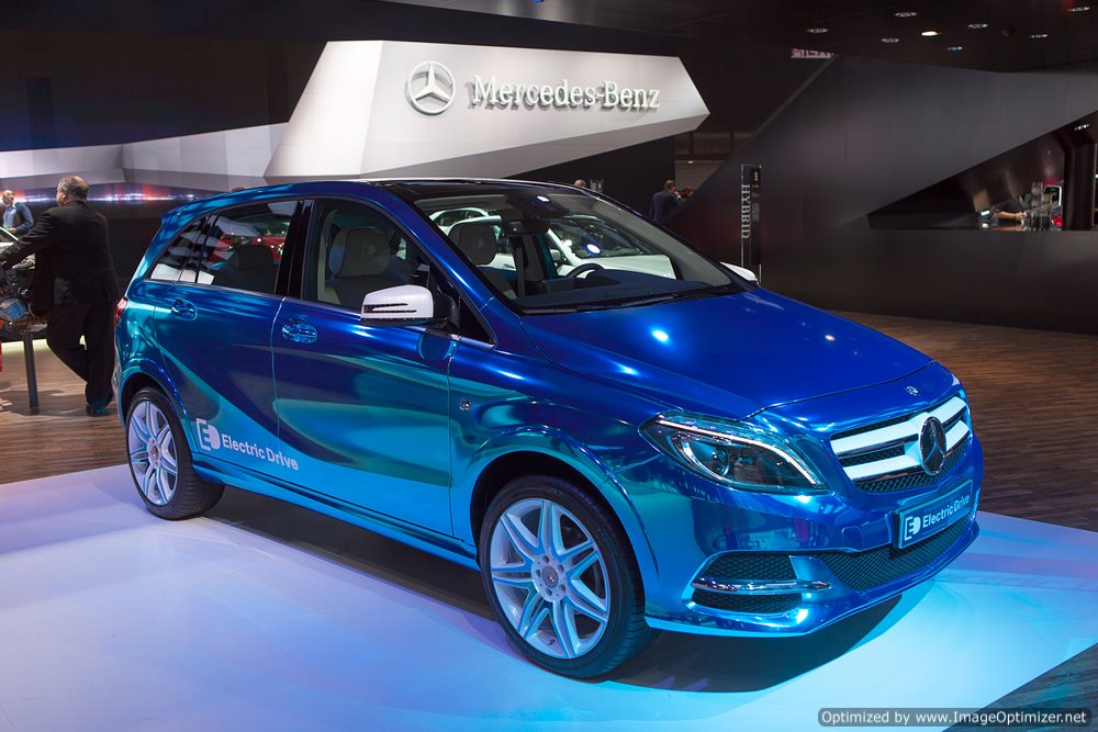 Going Green: Mercedes Unveils Tesla-Powered Electric Car